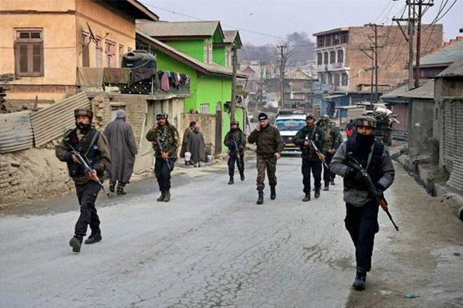 Policeman Killed, 10 Injured In Grenade Attack In Kashmir's Nowhatta