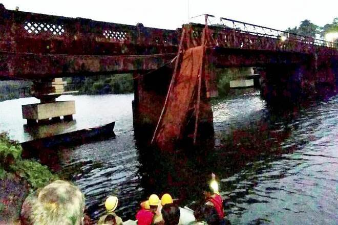 Two dead, several missing as bridge collapses in Goa