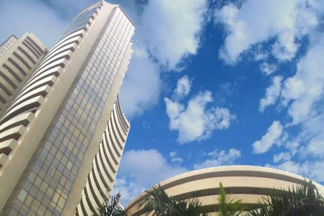 Nifty breaks 10200, Sensex falls 100 points over Axis bank disappointment